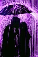 Purple rain falling on lovers (133x200)